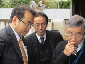 家系が台湾と深いつながりを持つ楠田議員(左)
