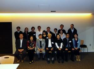 冬季例行演講會上有近15位會員出席
