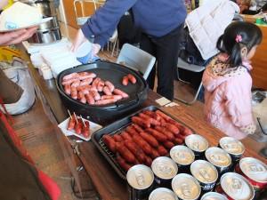 台灣道地的烤香腸,讓日本民眾直呼好吃