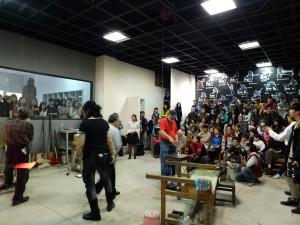 会場には台湾芸術大の学生を始め、多くの来場者が集まった
