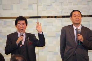 周東寛さんと獨協医科大学越谷病院の犬飼敏彦教授