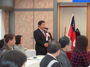 駐福岡辦事處戎義俊處長以締約見證人身分致詞祝勉雙方友誼長存