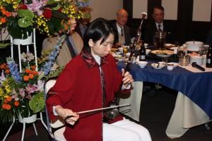 林悦子さんの二胡演奏