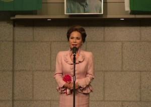 印尼第一任總統蘇卡諾的遺孀黛薇‧蘇卡諾(デヴィ夫人)