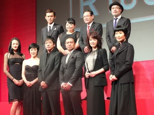 聚集日本一線演員的電影《R100》,今年10月在日上映