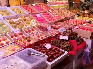 台北農産第二市場に並ぶ台湾の果物