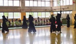 木田一彥校長特別安排南崁高中的學生參觀劍道部的練習