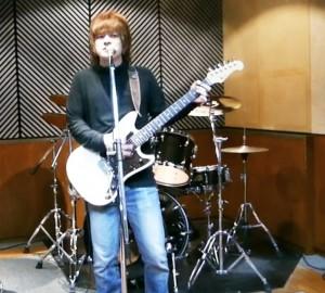 東京都在住の若手ミュージシャン田村輝晃さん
