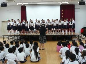 大阪中華學校合唱團以歌聲表達歡迎