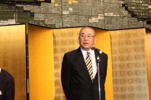 日本電子専門学校多忠和理事長