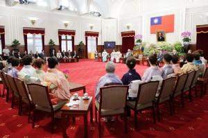總統馬英九接見日本媽祖會返國參訪團,並表示歡迎之意(照片提供:總統府)