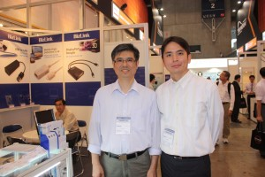 呂康威さん(左)