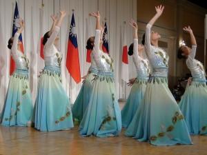 大阪中華学校舞蹈社表演