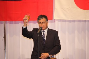 乾杯の発声は、前名古屋市会議員の桜井治幸氏が行った