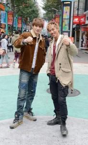 《GTO TAIWAN》全劇在台灣拍攝,飾演鬼塚的AKIRA(右)和飾演龍二的城田優在台拍戲,走訪夜市、西門町等地(照片提供:八大電視台)