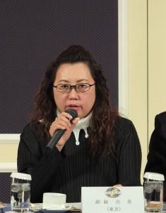 東京台灣商會會長錢妙玲對於總會提出的財務表提出質疑,讓長久一來總會組織架空的問題進而浮出檯面
