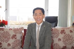 大阪中華学校羅辰雄理事長