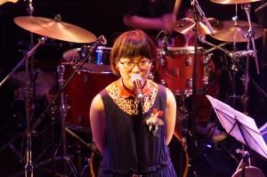 ボーカルの台湾人女性amanda