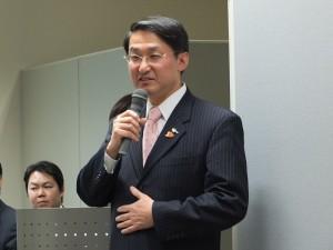 鳥取縣知事平井伸治到場站台,並用台語和現場來賓打招呼