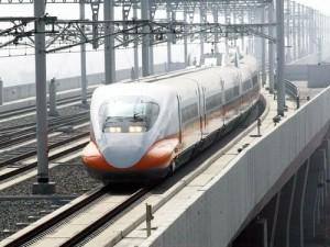 台湾の南北を90分(最速時)で結ぶ台湾新幹線(写真提供:中央社)