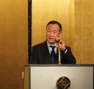 亞東親善協會會長大江康弘在會中用中文呼籲大家一起加油