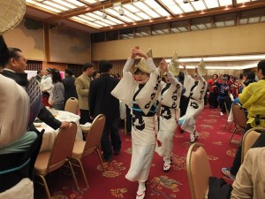 主辦單位特別安排阿波舞踊的演出,讓大家一起同樂