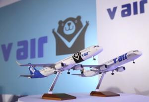 24日に発表されたV airのロゴマーク「威熊」