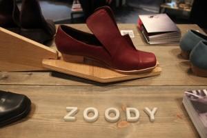 上質な台湾の皮で作られたZOODYのシューズ