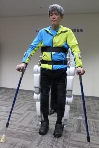 Active Gearを装着した脊損患者の舒天縱さん