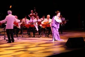 日本舞踊家の林汶玲さん(写真提供:明治大学マンドリンOB倶楽部)