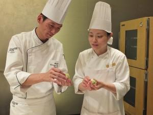 日本廚師漢來自台灣的師傅學習製作「國寶宴」