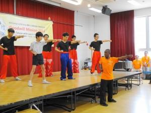 大阪中華學校同學與ACC院童武術交流  以武會友
