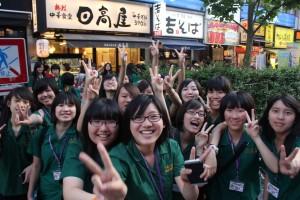 台北市立第一女子高級中学の生徒たち