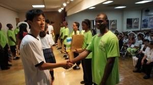 橫濱中華學院學生和ACC院童交流