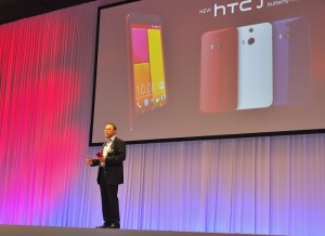 HTC執行長周永明出席在東京舉辦的新機種發表會