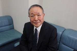 日本書作院理事長及び読売書法会常任総務であり、戒行寺の住職も務める星氏