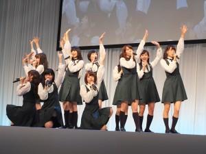 乃木坂46成員3度代言HTC蝴蝶機,出席記者會並獻唱新曲