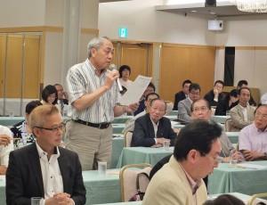 東京中華學校校長劉劍城,特別回應會中針對僑教議題的討論