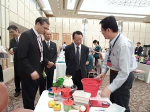 駐大阪辦事處副處長謝文發巡視各單位  與廠商意見交流