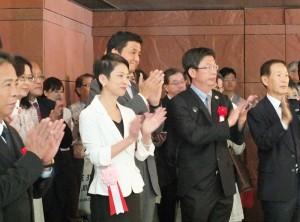 開幕典禮上包括參眾議員蓮舫和岸信夫(左4、3)等人皆出席參加