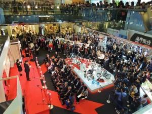 自10月17日至19日,在日本福岡天神鬧區Solaria Plaza購物中辦理的台灣精品體驗行銷活動,逾1500位看到活動廣告特地前來的消費者和林志玲的粉絲擠爆會場。