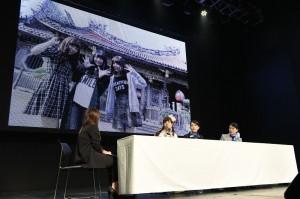 北原里英(右)、加藤玲奈(中)及小嶋菜月(左)和粉絲分享這趟訪台特別到九份、夜市和龍山寺等地觀光