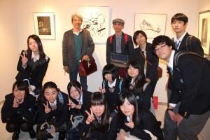 宮山会長が教師を務める千葉県立松戸高等学校芸術科の学生らも参加した