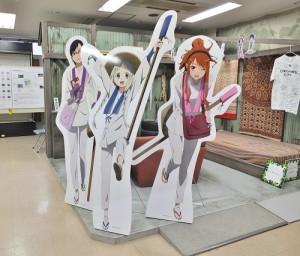 西武秩父站旁的商店街內,陳列動畫《我們仍未知道那天所看見的花名》相關的展示