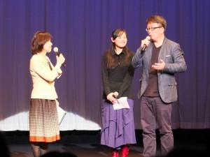 楊力州監督(右)は上演後、撮影裏話などを披露