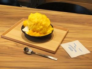 台湾でも大人気のマンゴーかき氷。マンゴーの果実やシャーベット、パンナコッタもトッピング