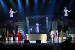 アジアの歌姫テレサ・テンが3Dホログラムで蘇った©矢部志保