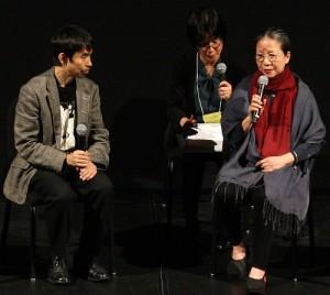 5月1日的媒體招待會上,由靜岡縣舞台藝術中心藝術總監宮城聰(左)和無垢舞蹈劇場總監林麗珍(右)進行對談