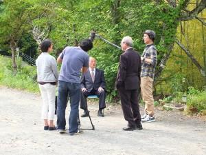 映画監督の酒井充子は同慰霊祭の様子を撮影
