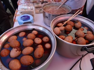 台灣超商常見的茶葉蛋 吸引民眾目光